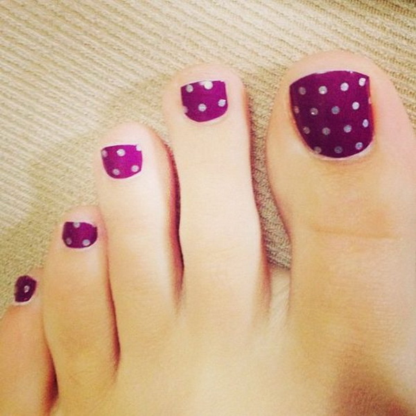 Polka Dots on Purple Toe Nails.