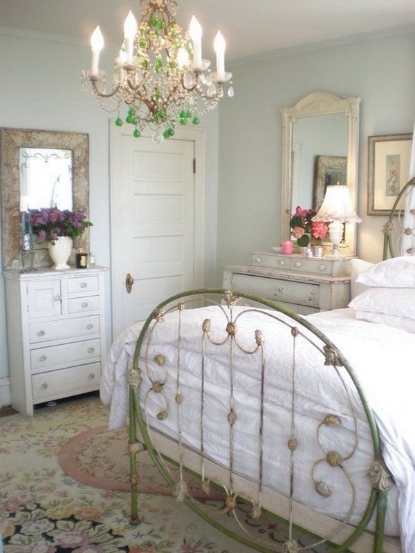 Pretty Shabby Chic Bedroom in Pastel Colors. Love~