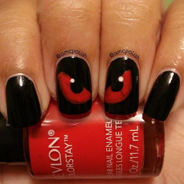 Spooky Eyes Halloween Nails. Halloween Nail Art Ideas.