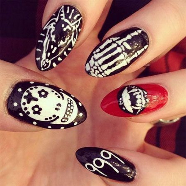 Almond Halloween Nail art. Halloween Nail Art Ideas.
