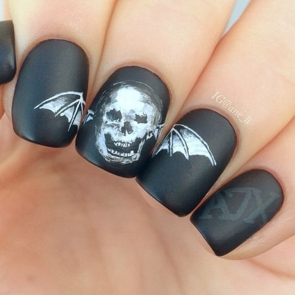 Matte Black Halloween Nails with Skull. Halloween Nail Art Ideas.