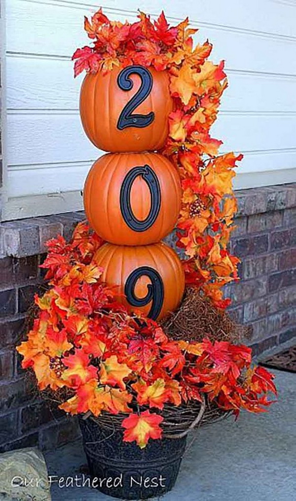 thanksgiving front door decorationsFabulous Fall  Thanksgiving Decoration Ideas  For Creative Juice