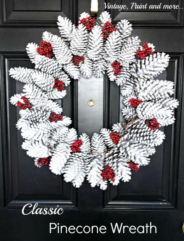Winter Wonderland Pine Cone Wreath.