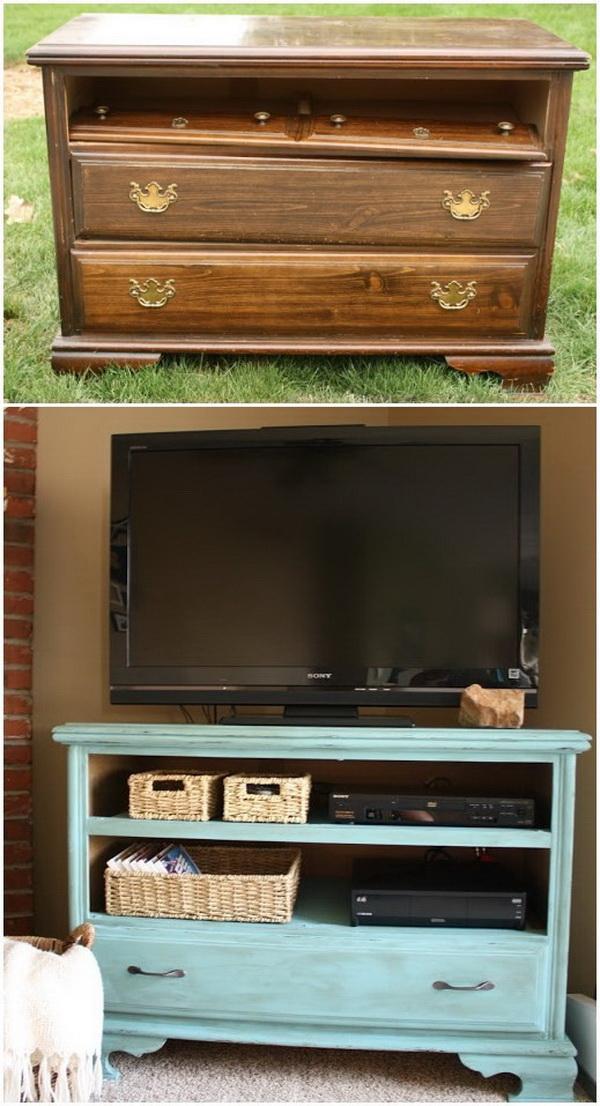 DIY Shabby Chic TV Stand