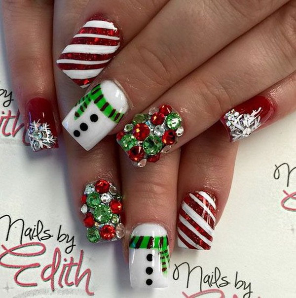 Festive and Fabulous Christmas Nail Art - 70+ Festive Christmas Nail Art Ideas - For Creative Juice