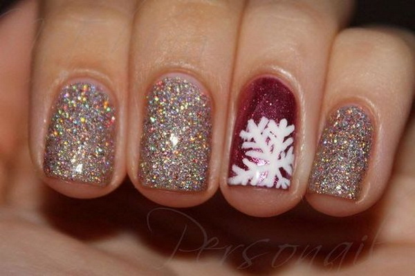 Winter Sparkle Christmas Nail Art.