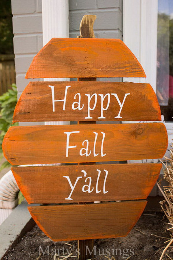 Fence Board Pumpkin Welcome Sign. Tired of the same old welcome signs near your front door? Try this fence board pumpkin welcome sign this year! It is fun, inexpensive and easy to complete with some pieces of leftover wood, spray paint.