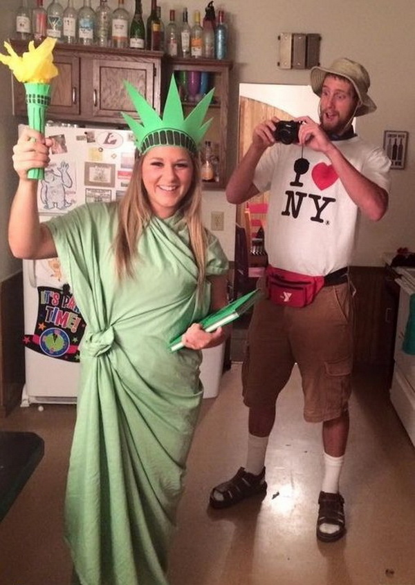 NYC Tourist and Statue of Liberty Costume. Stylish Couple Costumes for Halloween.