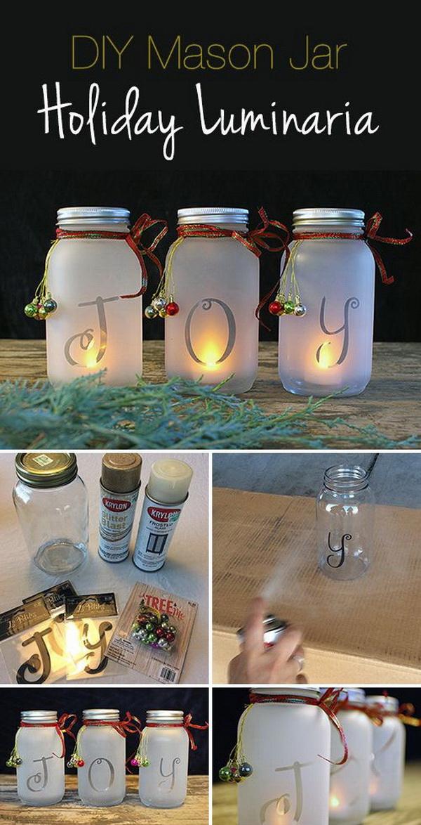 Homemade Projects & Ideas for Christmas Decoration: DIY Mason Jar Holiday Luminaria.
