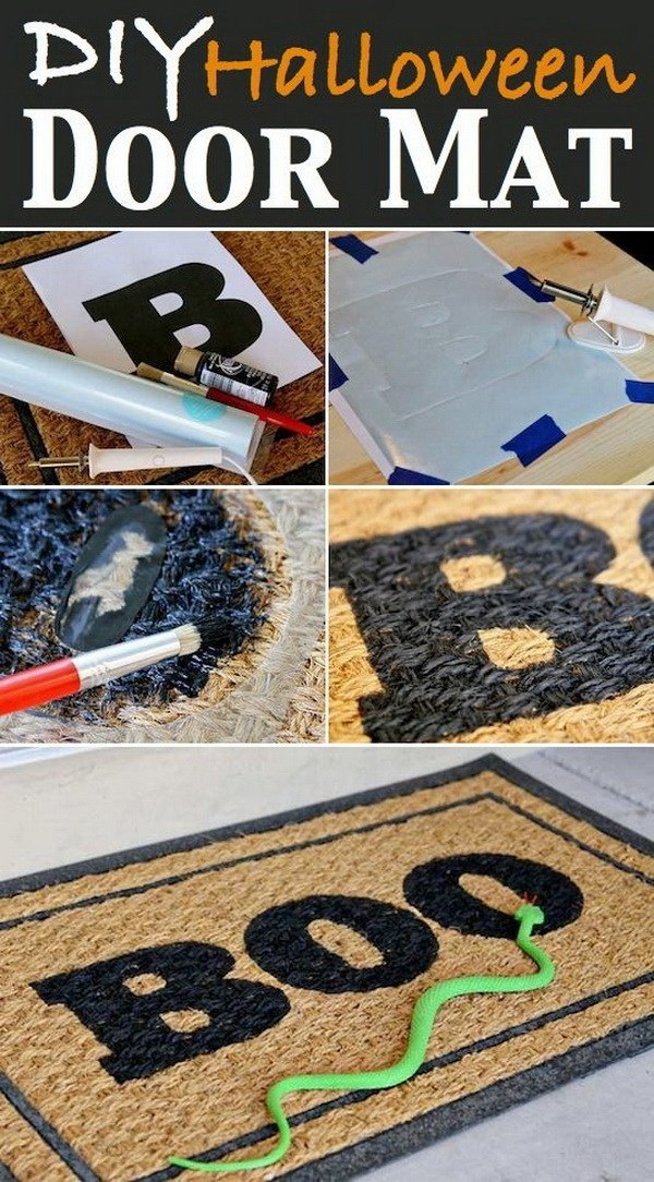 DIY Halloween Decorating Projects: DIY Halloween Door Mat with Spray Paint.