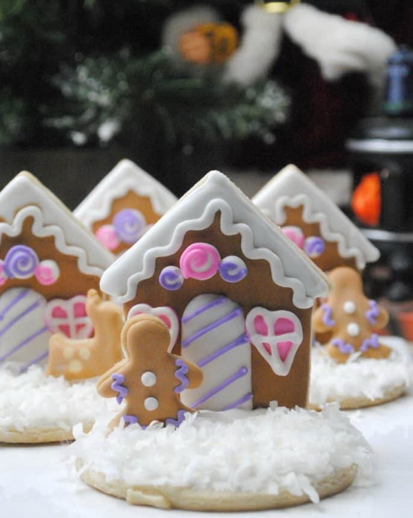 Quick and Easy Christmas Treat Ideas: Gingerbread House Cookies.