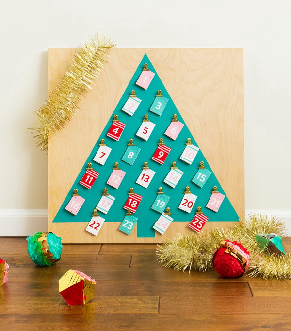Customizable Christmas Advent Calendar.