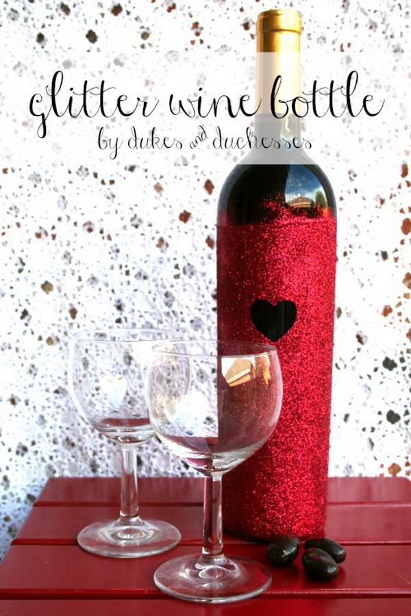 DIY Glitter Bottle.