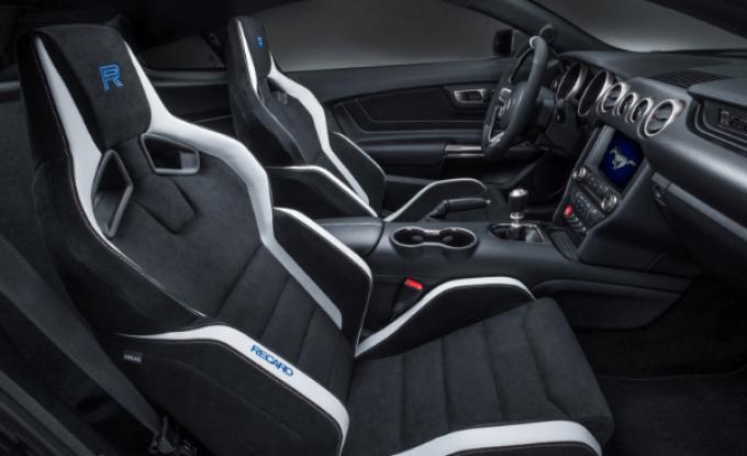 2020 Ford Mustang GT500 Interior