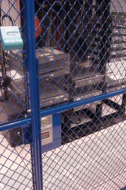 FL-Data Center Cage-BLU (2)