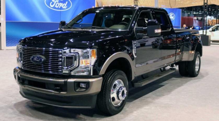 2022 Ford F450 Platinum Exterior