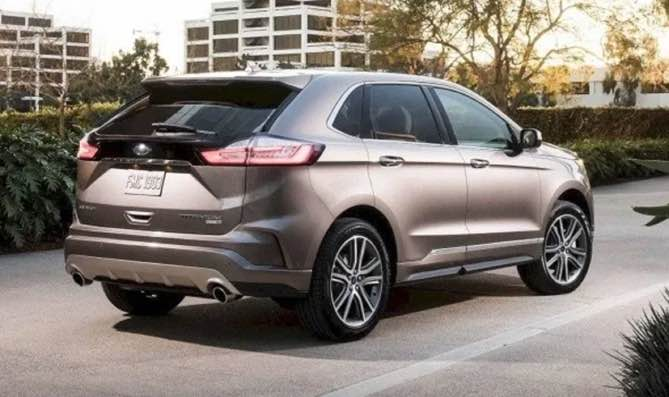 New 2021 Ford Edge Redesign is about to introduce more significant upgrades. The new model will get a redesign and that includes more exterior colors