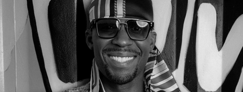 smiling Geno Okok
