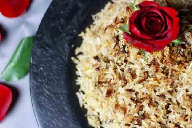 Muhammar rice with rose petals
