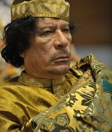 Раздирана от битки за влияние, Либия изпада в носталгия по Кадафи