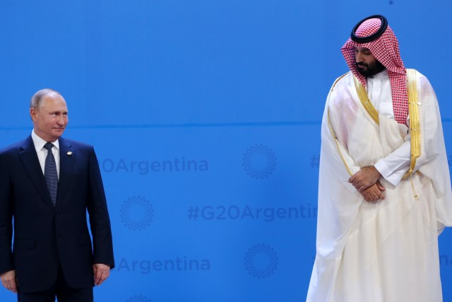 Russia Is Losing the Oil War Against Saudi Arabia—and the Middle East