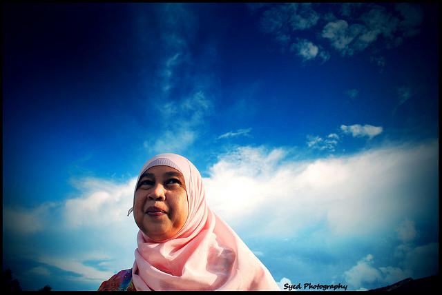 Woman in Hijab, courtesy Syed Muhammad Hafeez Bin Wan Muhammad/Flickr
