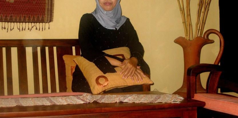 Emansipasi Wanita Memperjuangkan Furnitur Jepara Cifor Forests News