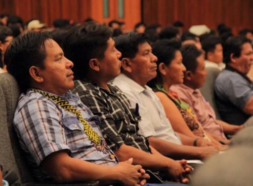 Líderes indígenas de Purús en la conferencia internacional Fortaleciendo Capacidades para la Conservación de una Amazonía Cambiante. Foto CIFOR.