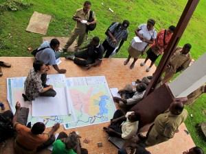 Workshops can be useful to improve collaboration on land-use planning. Photo: Mokhammad Edliadi/CIFOR