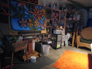 I added bright orange rug to the floor... it's a creative color.