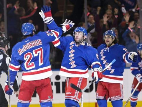 McDonagh and Yandle celebrate a PP goal in gm vs. Pit  (AP Photo/Frank Franklin II)