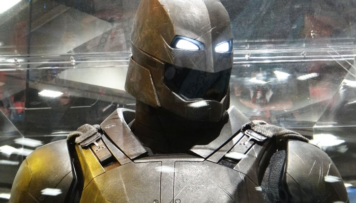 SDCC 2015 - Batman v Superman armor