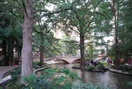 Texas-Riverwalk2