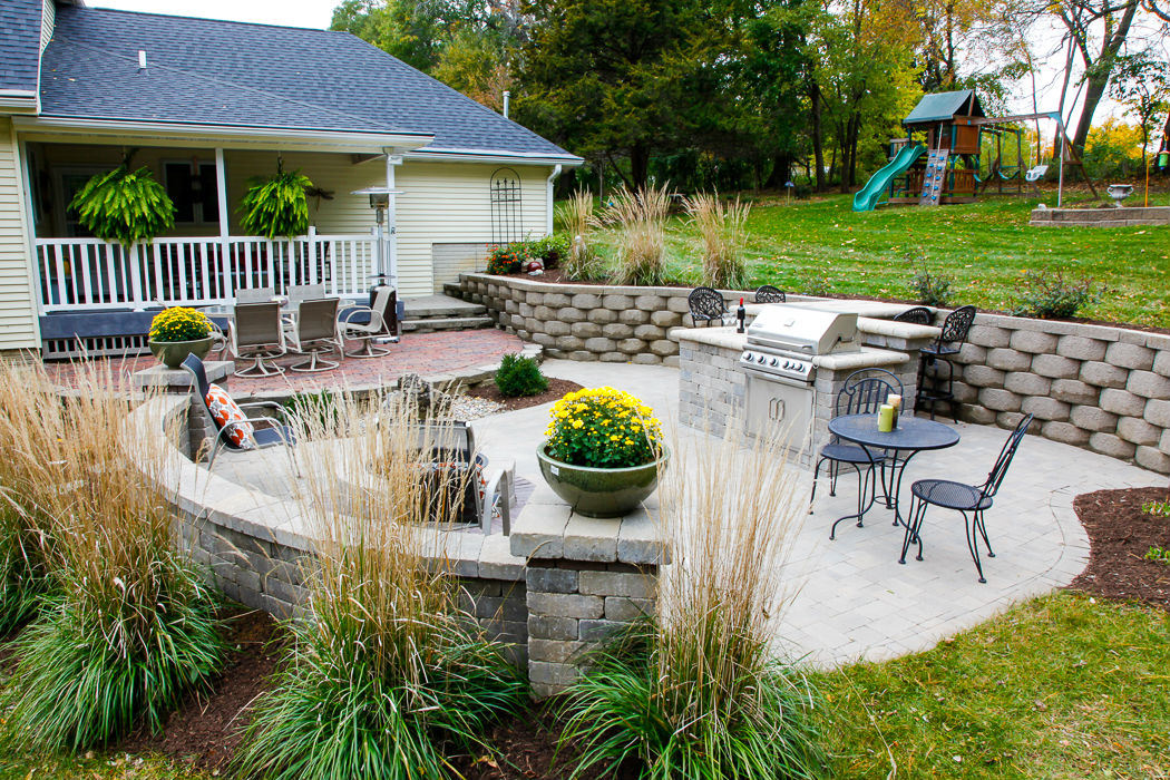 Retaining Walls - Landscaping Design   Forever Green ... on Green Wall Patio id=59921