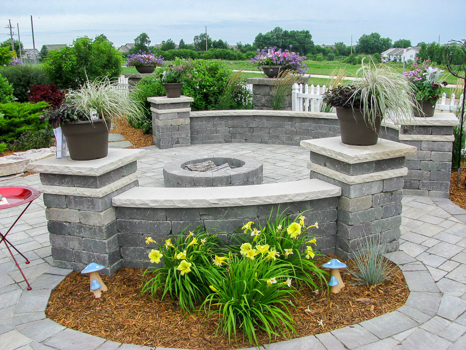 Retaining Walls - Landscaping Design   Forever Green ... on Green Wall Patio id=66543