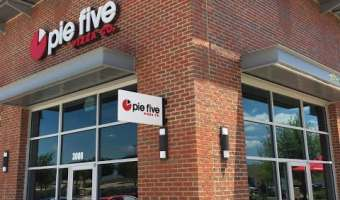 Sunday Lunch at Pie Five Pizza in Fort Worth