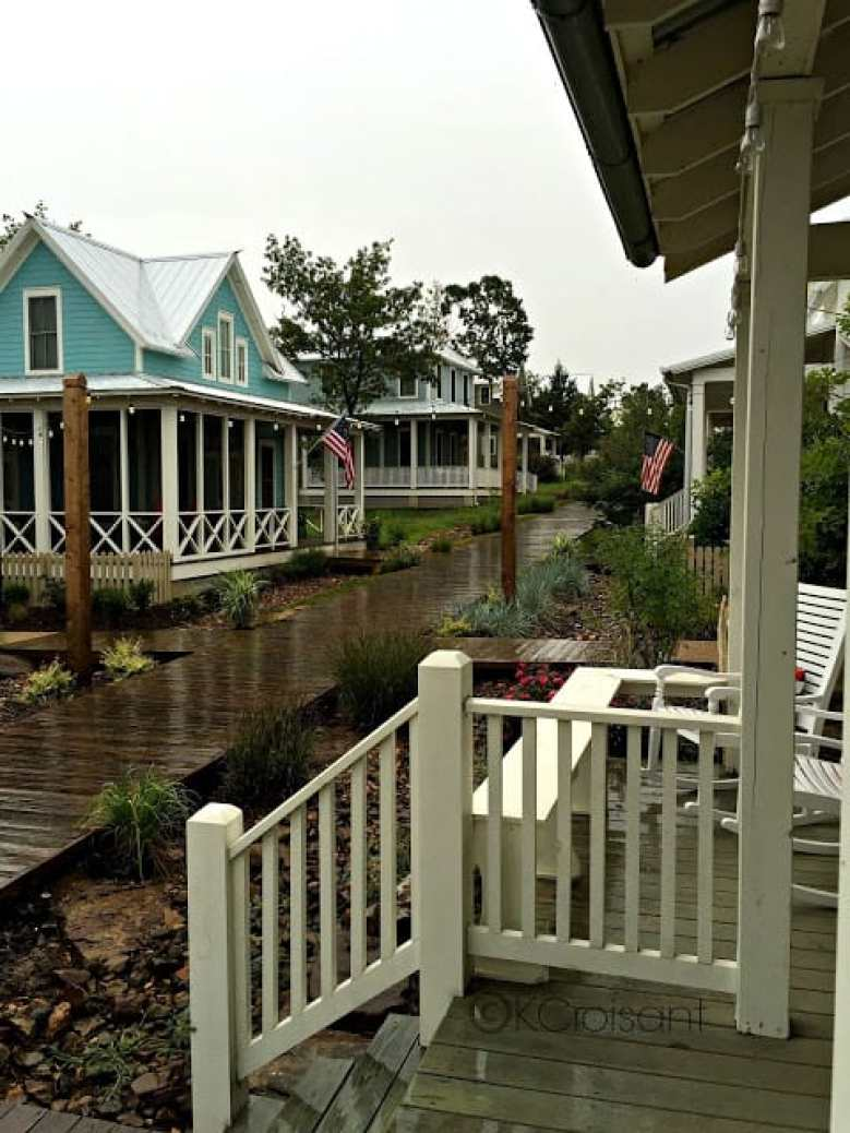 Carlton Landing: Family Cottage Resort Living