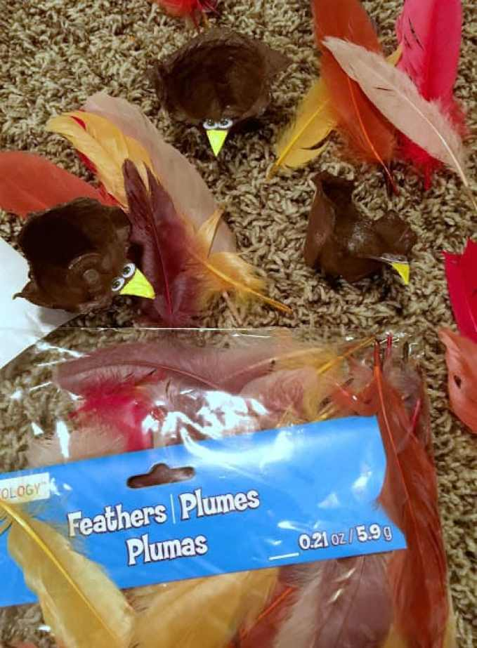 DIY Fall Thanksgiving Kid's Craft - Turkey Treat Holders