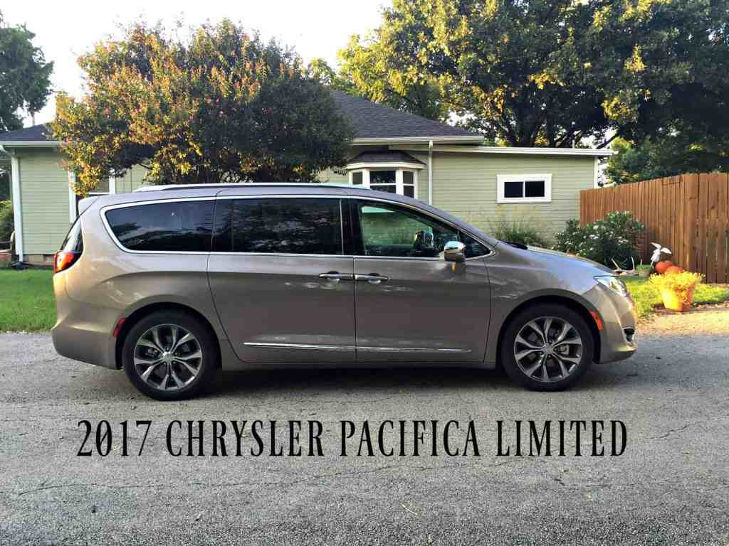 chrysler-pacifica-limited-2017