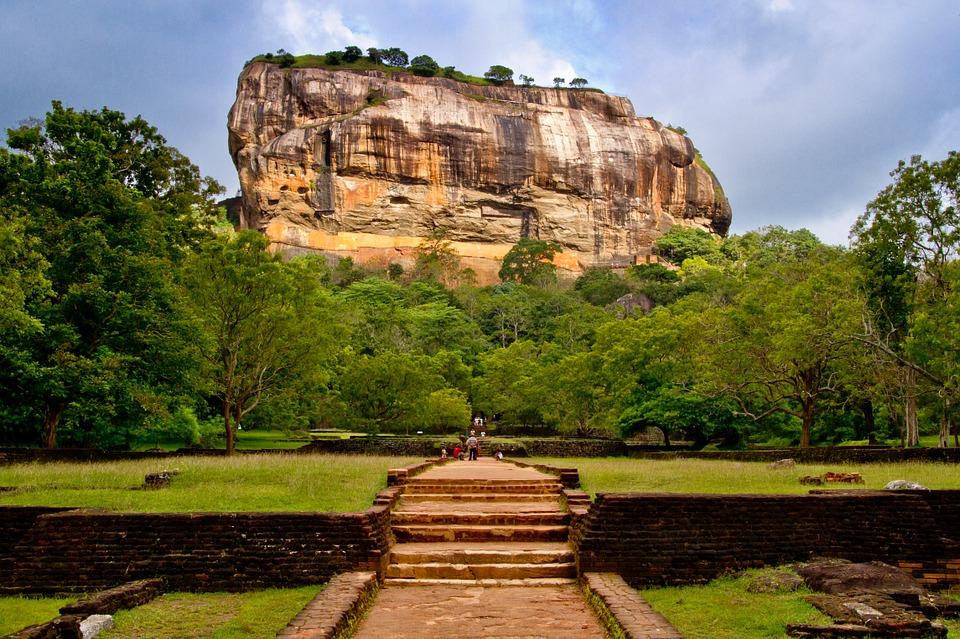 sigiriya-rock fortress