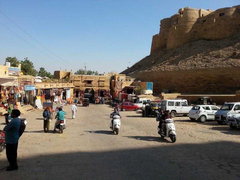Fort-jaisalmer-india-budget-travel