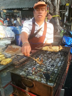 squid-street food-thailand-bangkok-backpacker