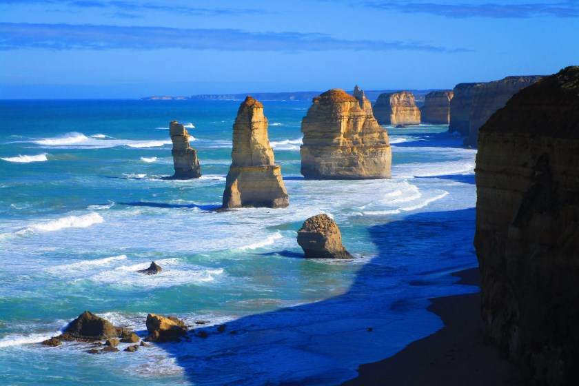 apostles-australia-ocean road