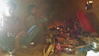 traditional-rajasthan-hut-india