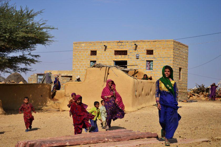 rajasthan-children-thar-desert