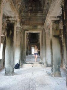 angkor wat-cambodia-travel