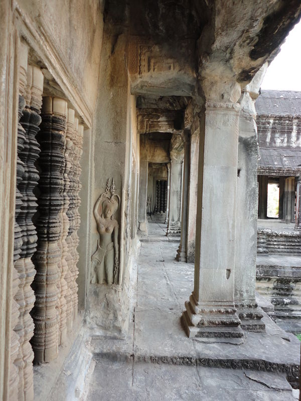 Angkor-wat-carvings-cambodia-temple