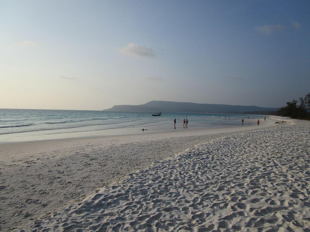 Long-beach-koh-rong-cambodia