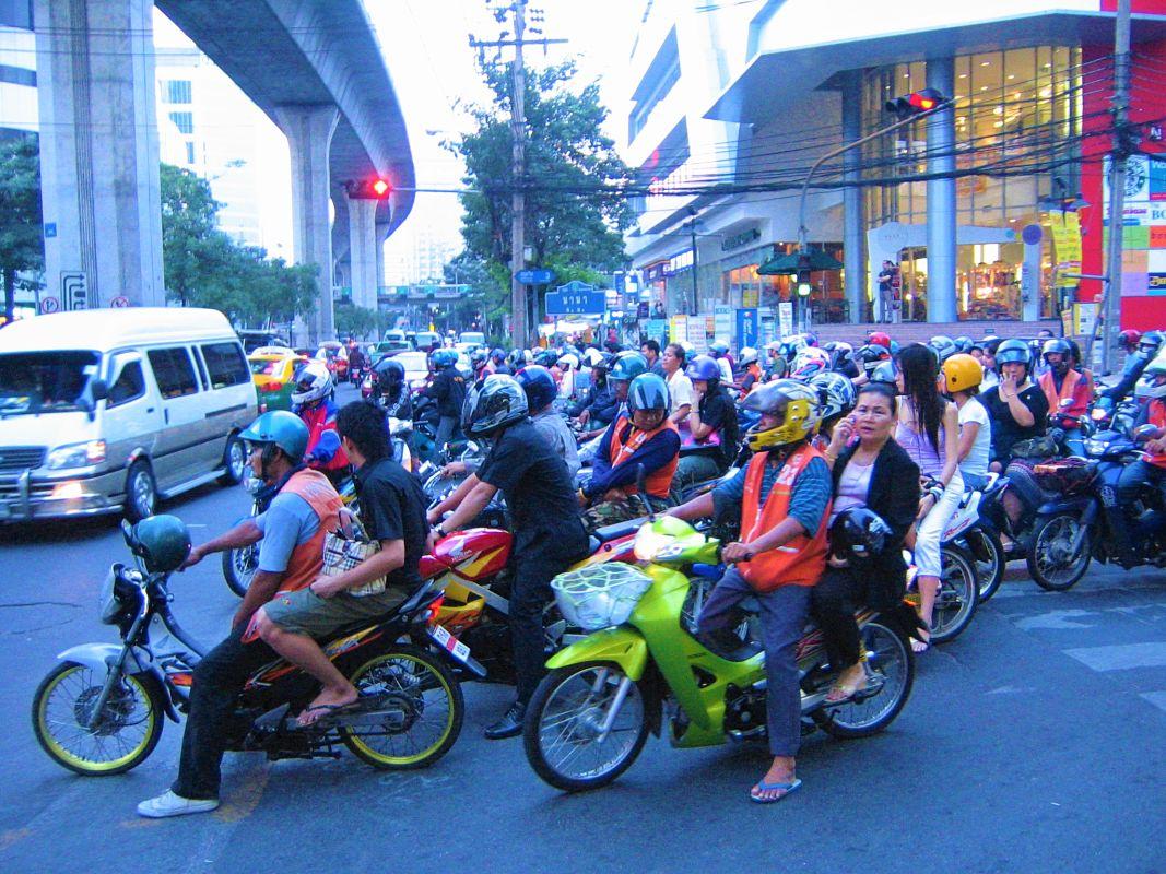 thailand-scooter-bangkok