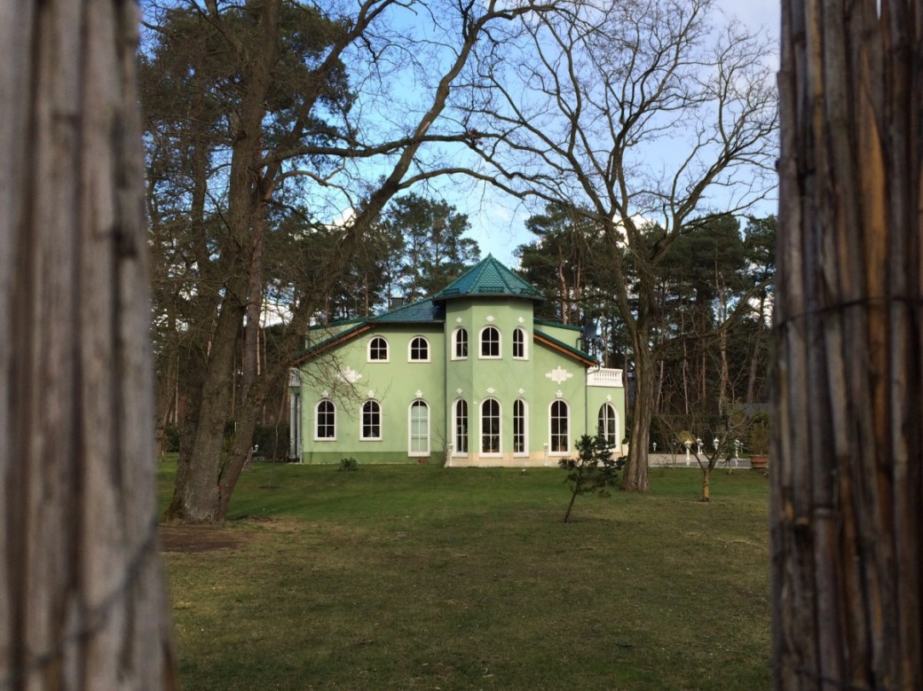 grünes Türmchen Haus